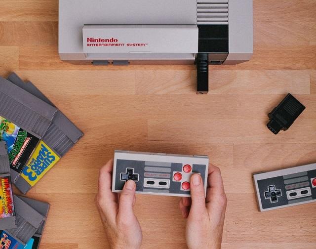 NESとコントローラー