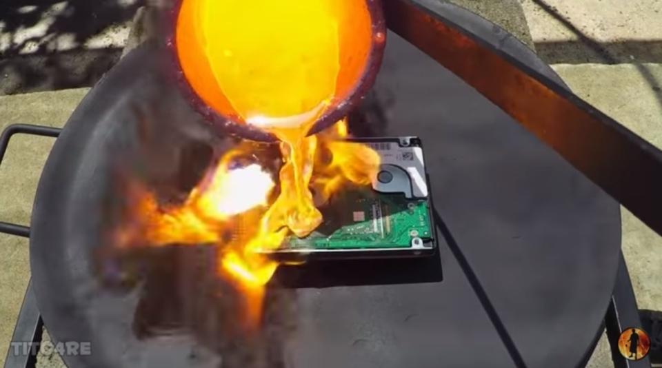 一番良いハードディスクのデータの消し方