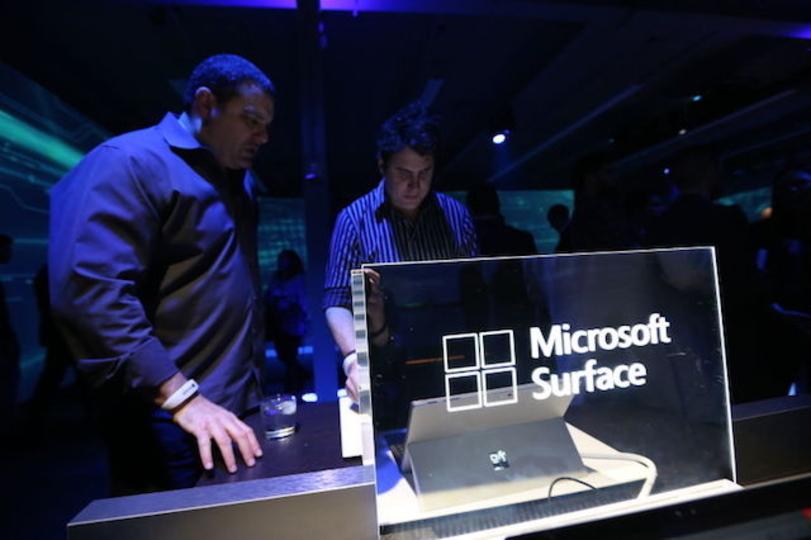 Microsoft、Surfaceラインナップに「新デバイス」を投入?