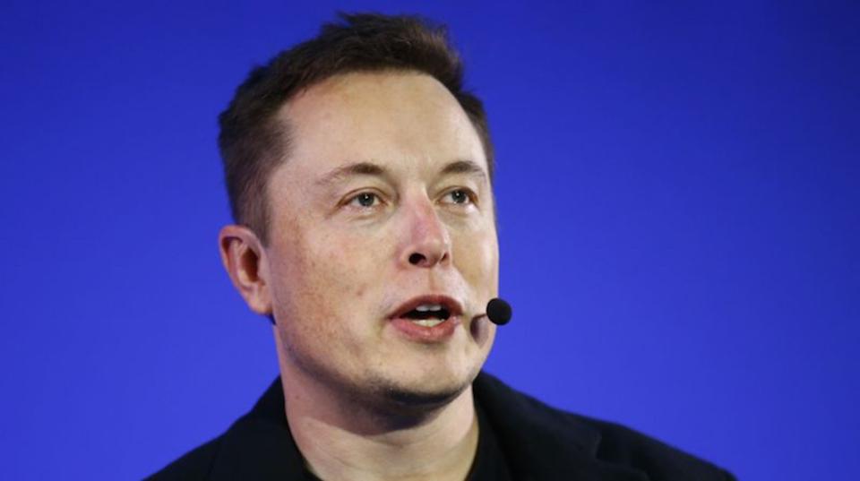 Tesla Motorsの自動運転車で2度目の事故。ただし今回は自動運転「オフ」