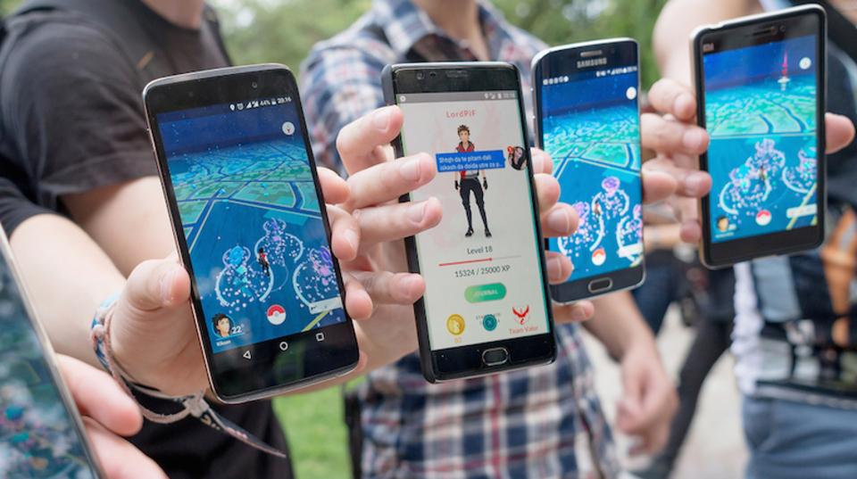 ポケモンGO、フィーチャーフォンユーザーの心動かす。1割がスマホ乗り換えを希望