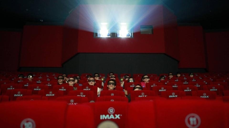 MITの研究者たちがメガネのいらない3D映画のスクリーンを制作