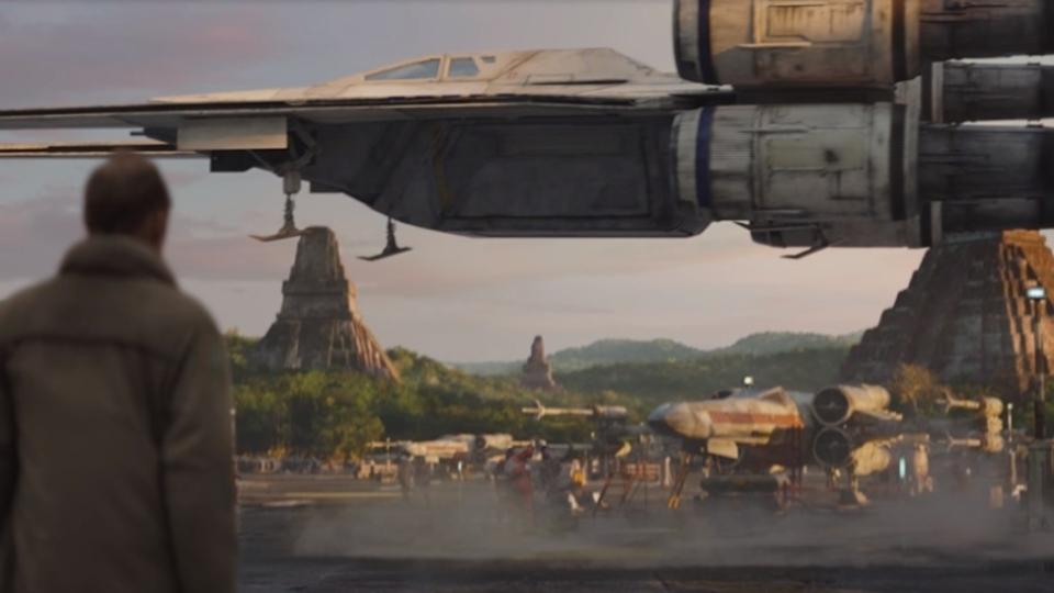 スター・ウォーズ最新作「ローグ・ワン/スター・ウォーズ・ストーリー」に登場する新しい宇宙船「Uウイング」の詳細が判明