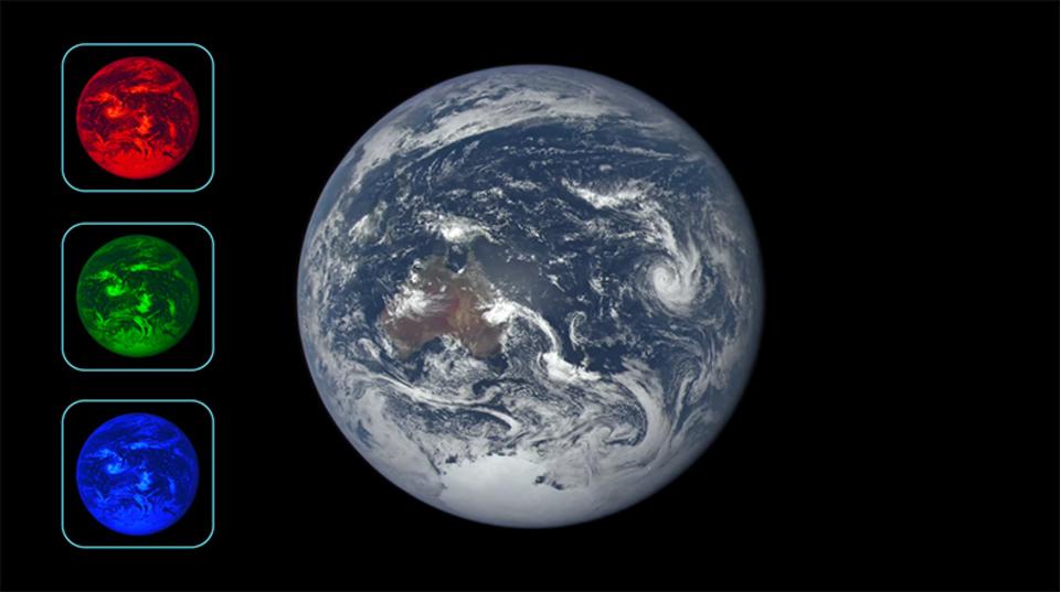 最高。宇宙から捉えた地球の1年をタイムラプス動画で