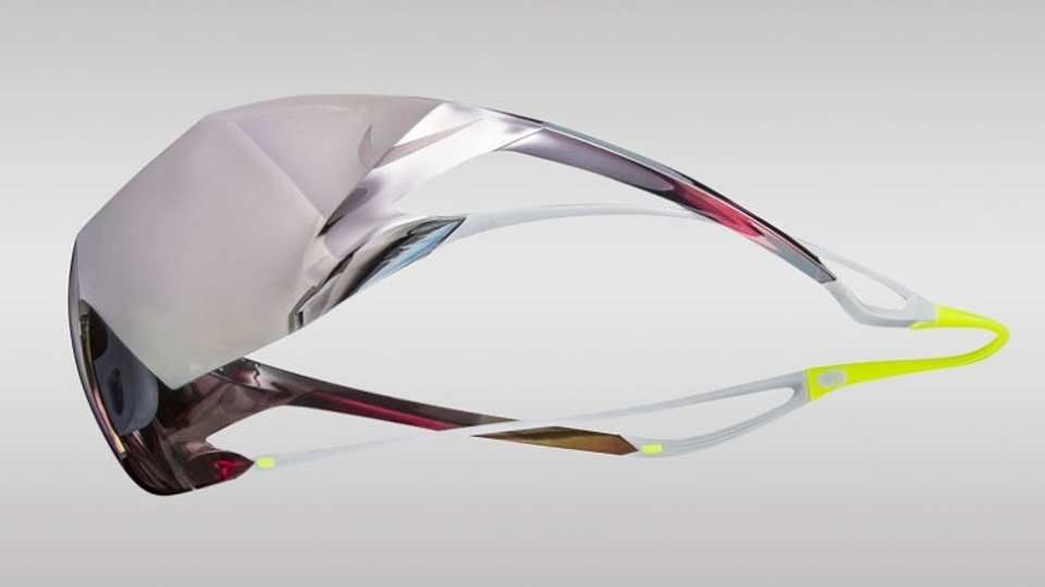 ZeissとNikeが、プロ仕様のサングラスを開発。お値段、12万円なり