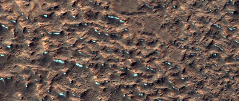 これは地球? 火星? NASAが1,000枚以上の新画像を公開