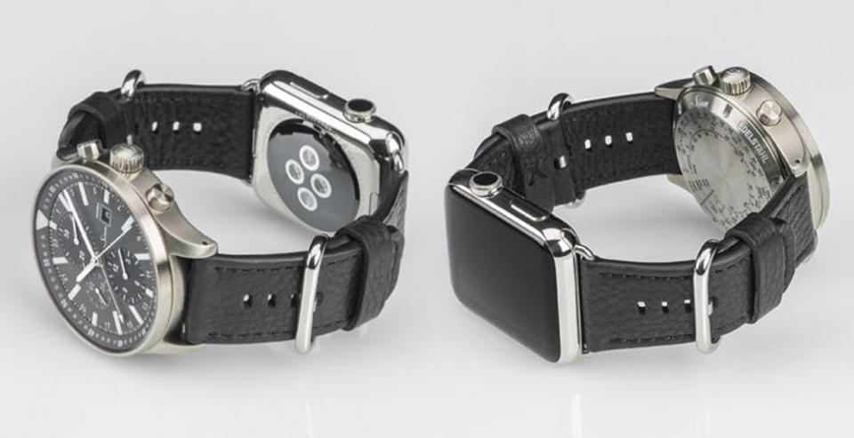 この手があったか! Apple Watchと普通の時計を自然に2個着けできるストラップ