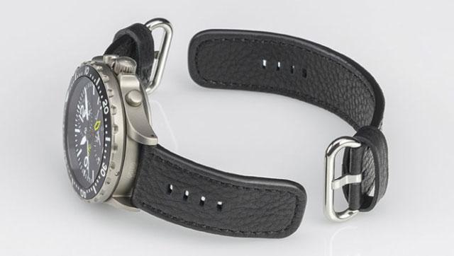普通の腕時計としての使い方も