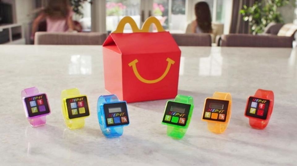 マクドナルド、ハッピーセットのおもちゃにまさかの「健康デバイス」