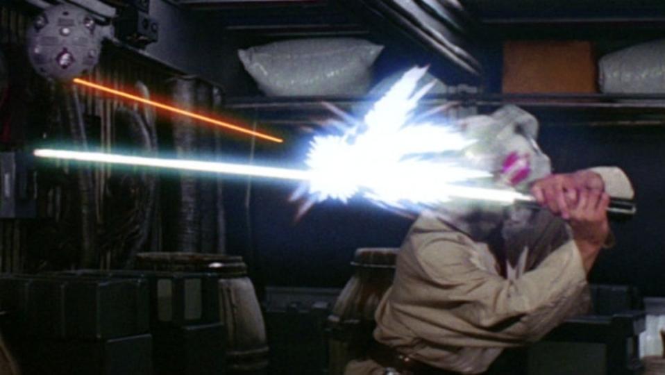 建設中の「スター・ウォーズ」ランドではライトセーバーでブラスターがはね返せる?