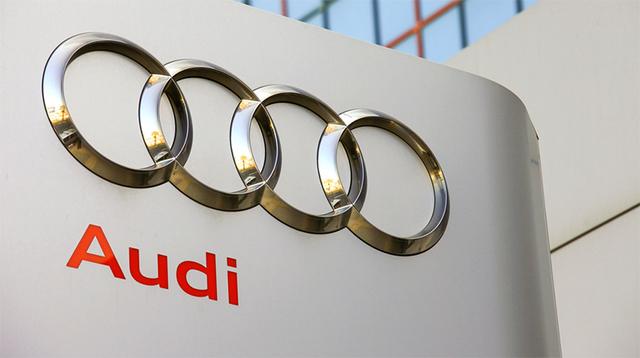 青信号まであと何秒...。Audiが信号と通信する新たなテクノロジーを開発