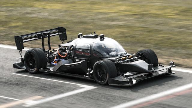 .世界初の自動運転車によるカーレース「Roborace」テストカー2