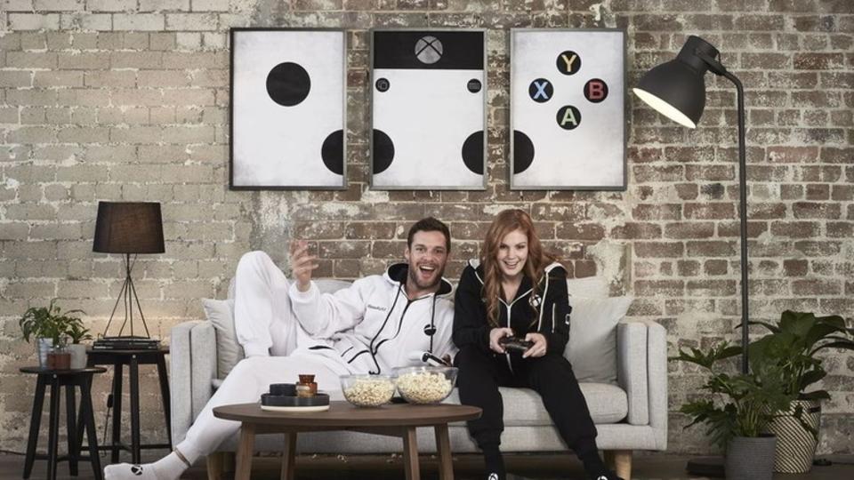 人間廃業。Xbox Oneのプレイに最適な着ぐるみが登場