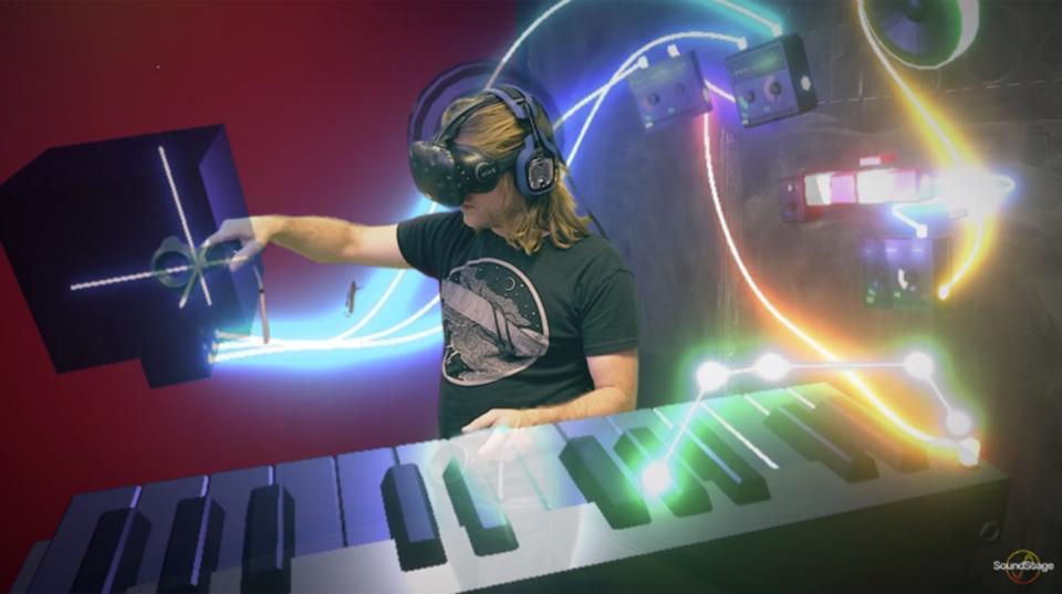 仮想現実で未来の音楽制作を。VR内に自分だけの音楽スタジオを構築する「SoundStage」