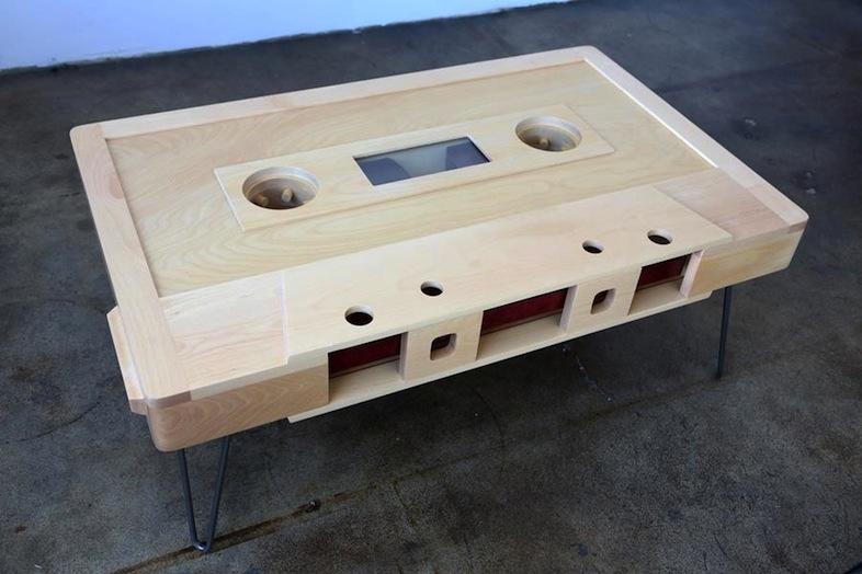 カセットテープ型コーヒーテーブル・Blank Cassette Table