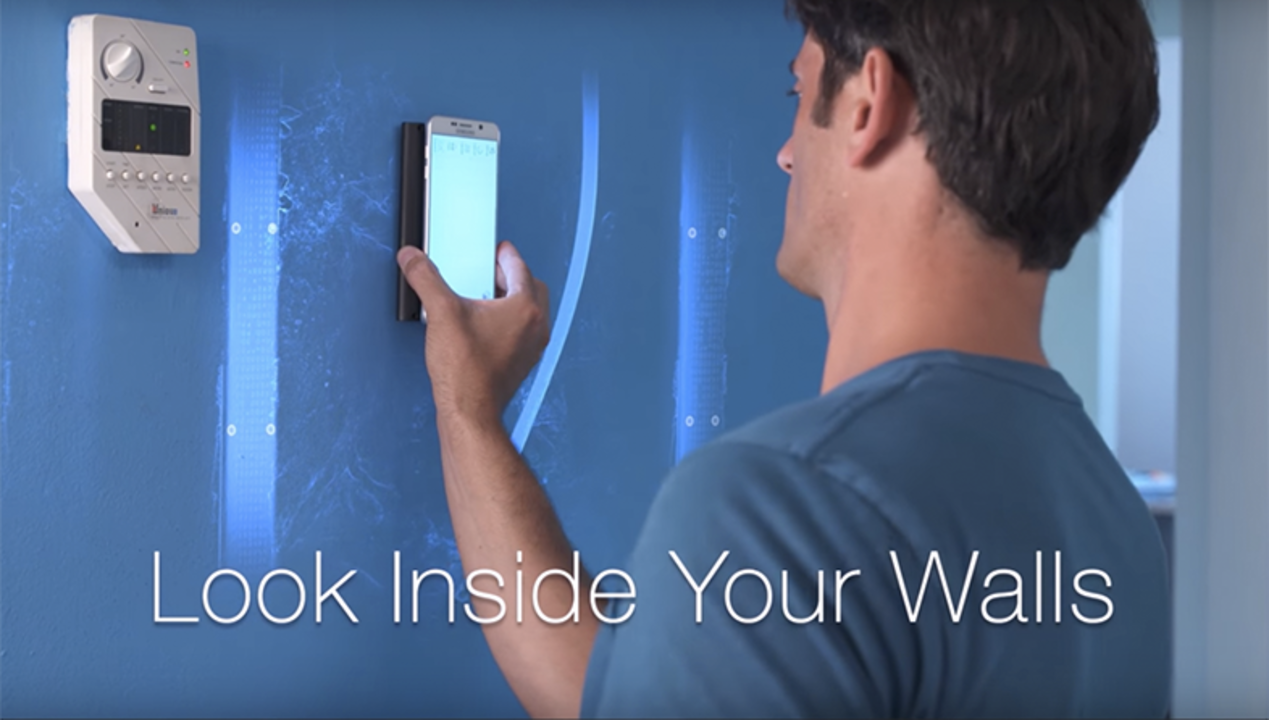 DIYの必需品になるかも…スマホで壁の中を透視できちゃうデバイス「WalabotDIY」