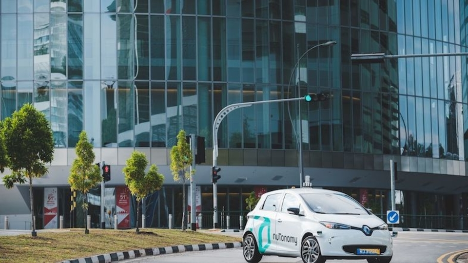 NuTonomyがUberを追い抜き運転。世界初の自動運転タクシーをシンガポールで走らせる