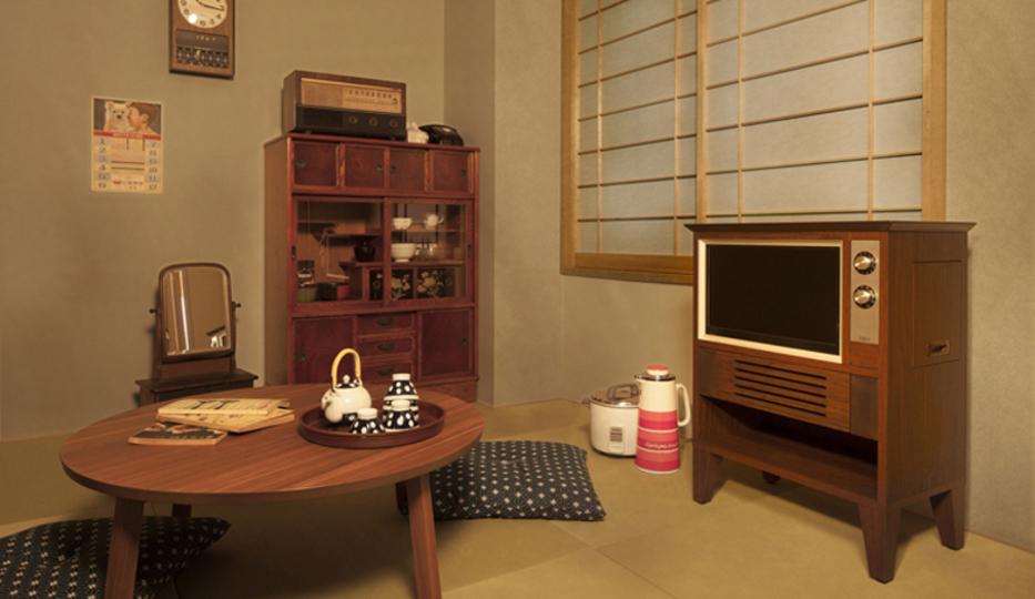 懐かしい気持ちにさせてくれる昭和レトロな液晶テレビ、エディオンから