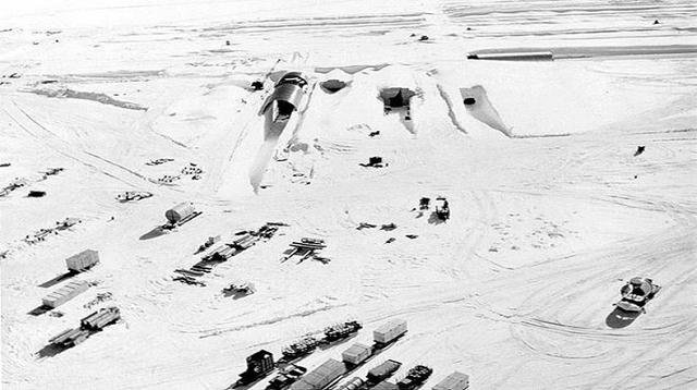 氷が溶けて…冷戦時代の秘密の核実験場が姿を現わす