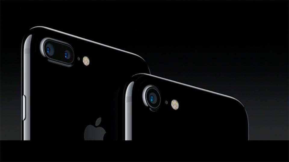 iPhone 7&7 Plusのカメラ機能が大幅アップ! iPhone 7 Plusはデュアルレンズだ