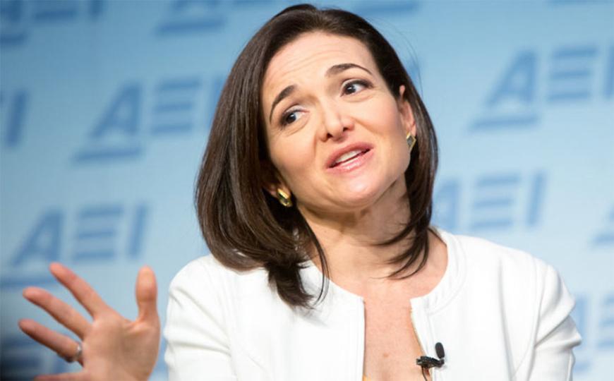 Facebookが「ナパーム弾の少女」問題でノルウェー首相に平謝り