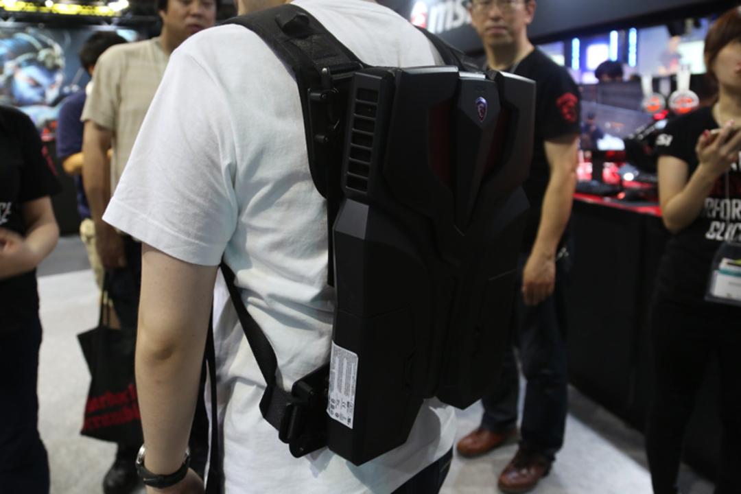 【TGS2016】仮想現実に生きる男はこれを背負え! VR専用バックパック型PC「MSI VR One」