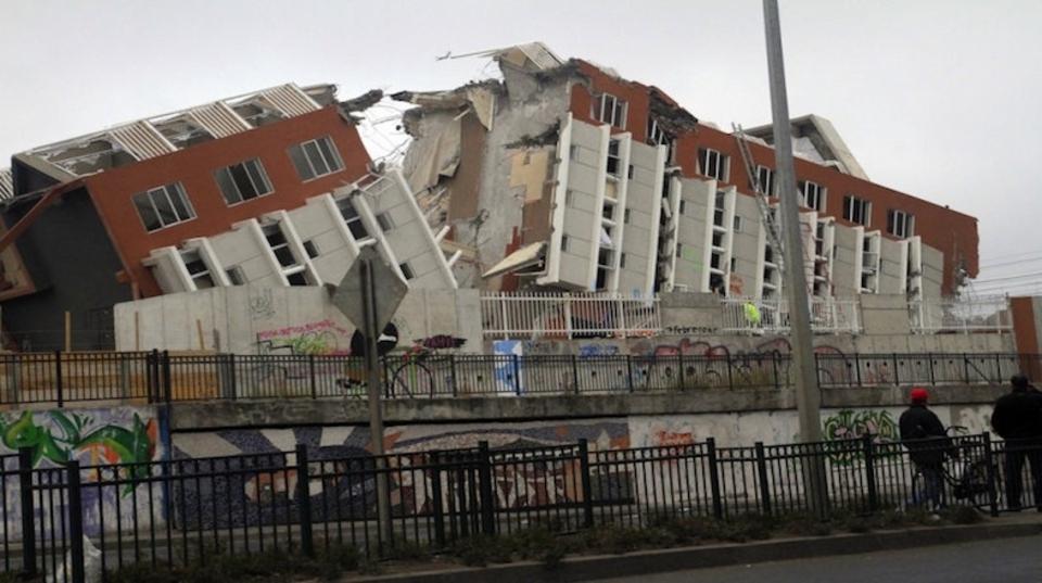 「大地震は満月か新月の前後に起きやすい」東大研究者らが発表