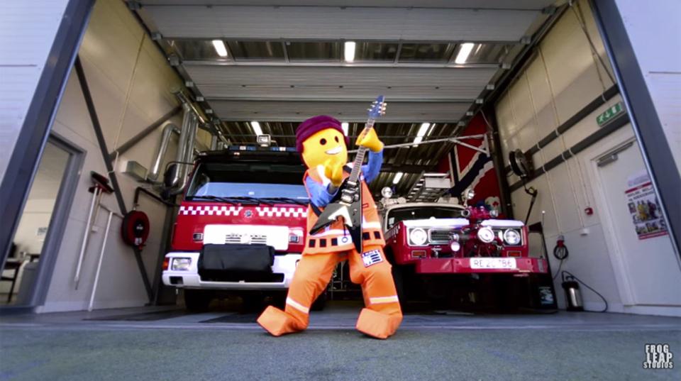 映画「LEGO ムービー」のテーマをエメットになりきってメタルカバー!