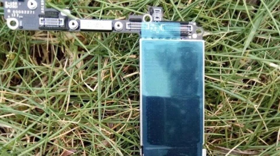 iPhone 7の基板が流出、しかしガードは固く…