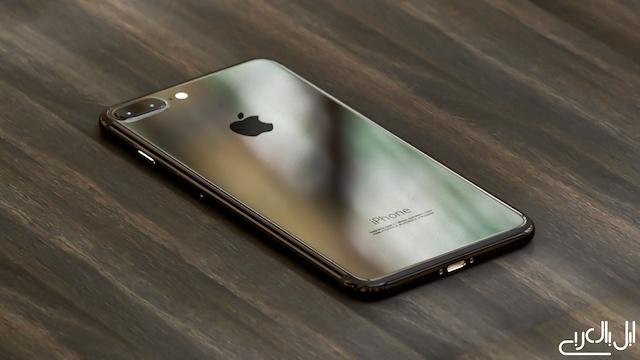 iPhone 7のピアノブラック/ダークブラックレンダリング画像 1