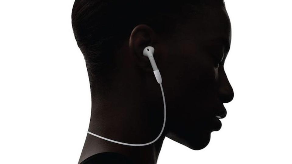 なくしたAirPodsは片耳だけの購入も可能に? 一方、本末転倒な連結ケーブルも登場…