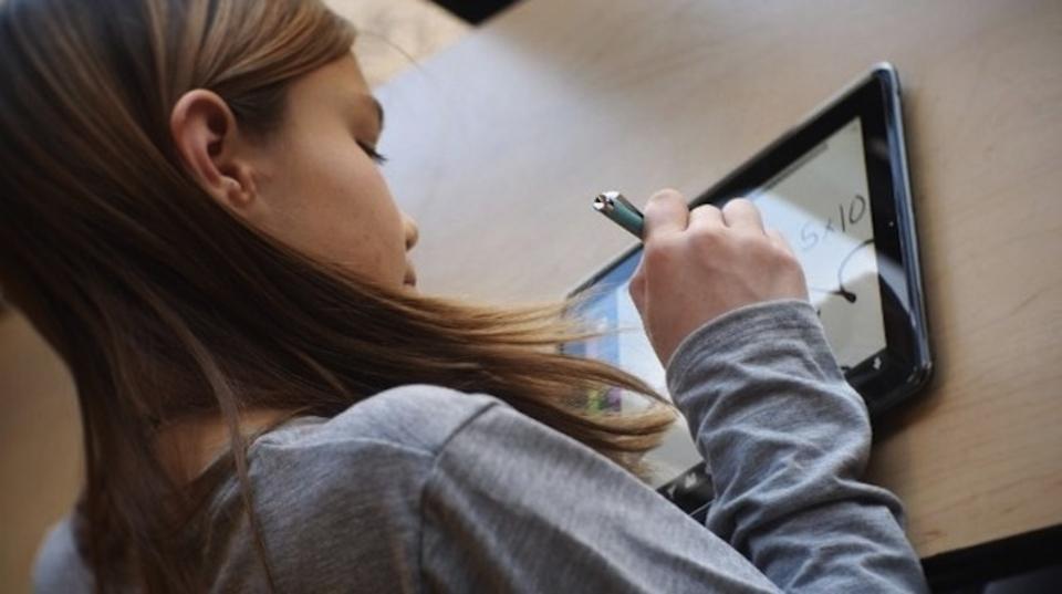 iPadは手術前の子どもに鎮静剤より効き目があることが実証される