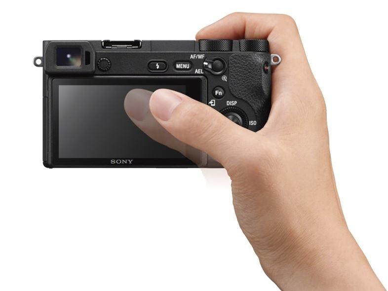 ソニー ミラーレス一眼カメラ α6500 タッチパネル操作