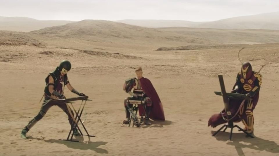究極のディストピア・シンセサイザー短編映画「ナイトサタン・アンド・ザ・ループス・オブ・ドゥーム」