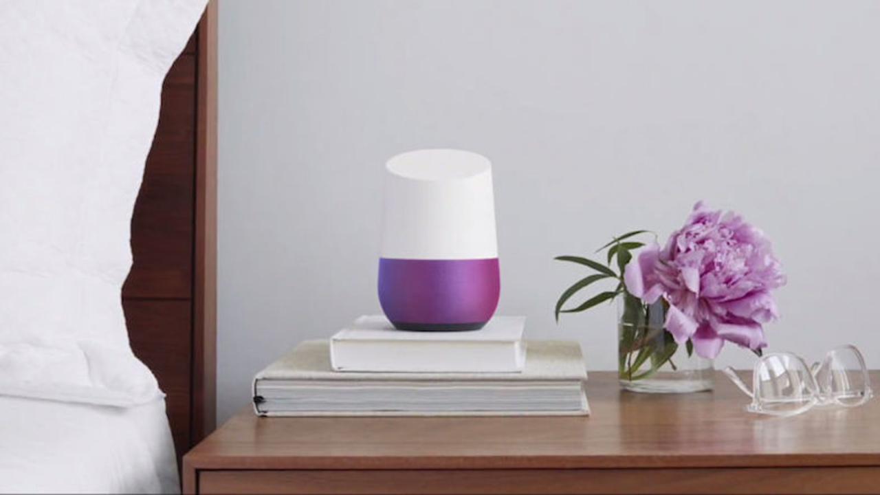 Google Homeが129ドルで予約開始。Amazon Echoの対抗馬は「家のための検索バー」