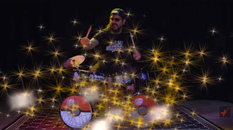 星出るキック! マイク・ポートノイがポケモンドラムセットで曲当てクイズ