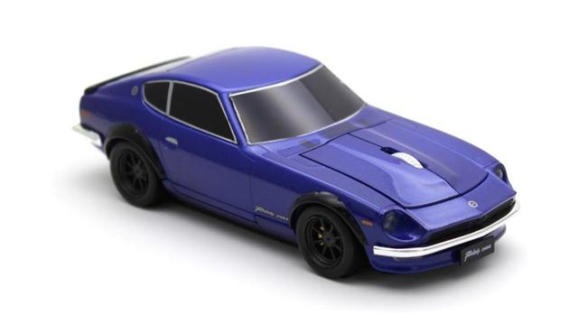 ギズモード限定で10%OFF! 卓上に甦る昭和の名車。日産フェアレディ240Z型の無線マウス