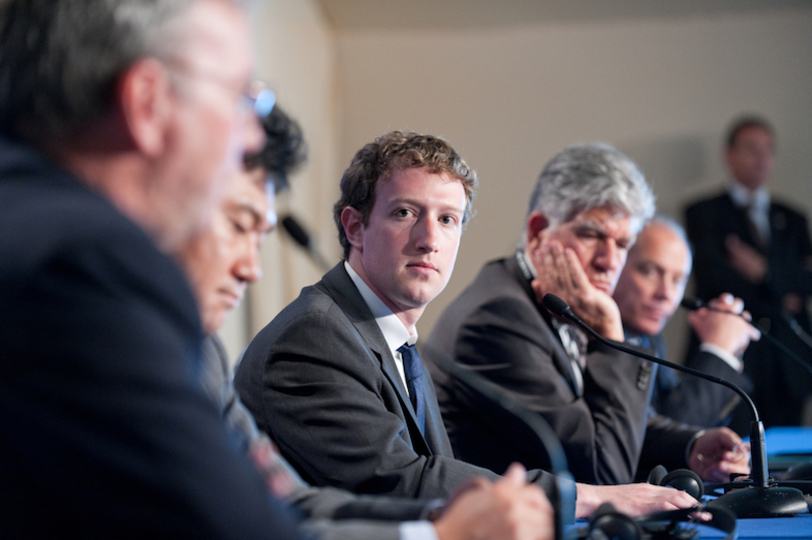 口を閉ざし続けるスタッフたち…FacebookはOculus創業者パルマー・ラッキーの存在を消そうとしている?