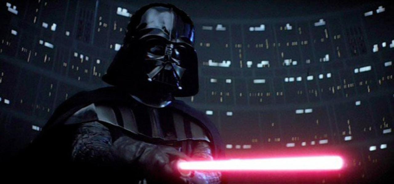 「スター・ウォーズ」でダークサイドのライトセーバーが赤い理由が新たに発覚