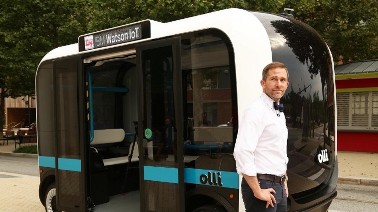 ナイトライダーが現実に? 言うだけで目的地へ、会話まで楽しめる自動運転車「Olli」