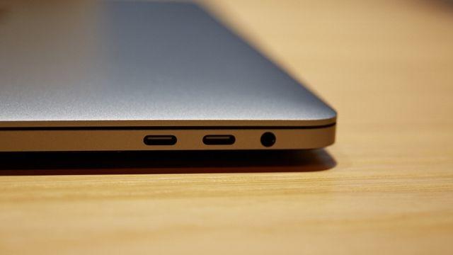 Touch Barにタッチ。新MacBook Proハンズオン4