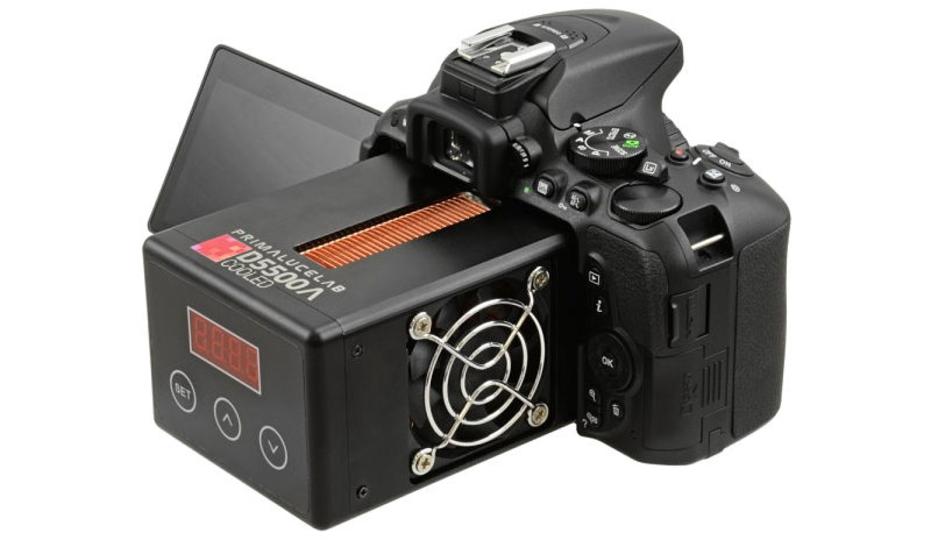 星空写真がもっと綺麗に。Nikon D5500に巨大な冷却ユニットがついたモデル「D5500a Cooled」(追記あり)
