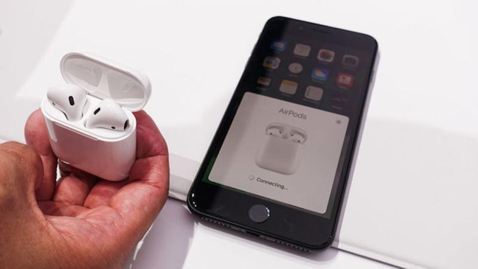 10月はなさそう…Appleのワイヤレスイヤホン「AirPods」発売を延期