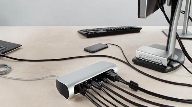 新MacBook Proを買うならこれも欲しい!なThunderbolt 3ドック