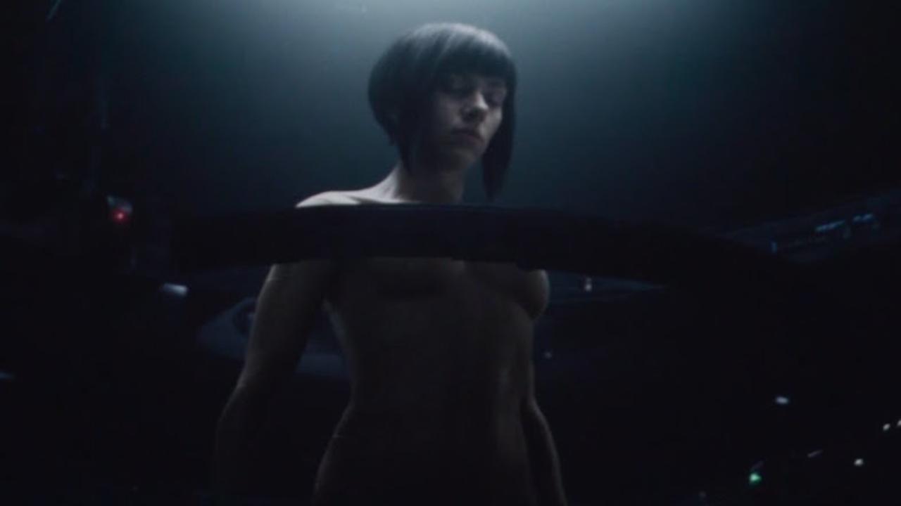 劇場版アニメ『攻殻機動隊』のオープニングを再現した実写映画『GHOST IN THE SHELL』のシーン映像が公開