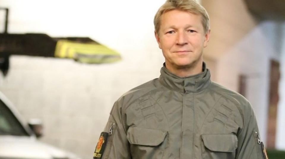 ノルウェーで試験運用中の警官新制服、ひんしゅくを買う