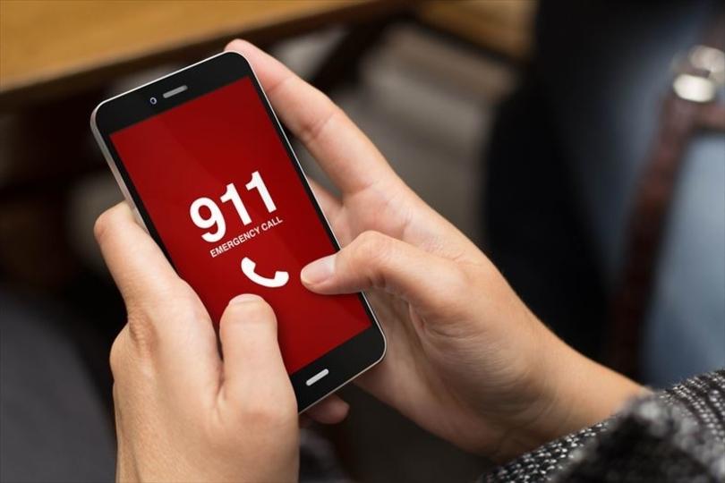 緊急番号911に電話しまくるリンクをTwitterで配布した18才、逮捕