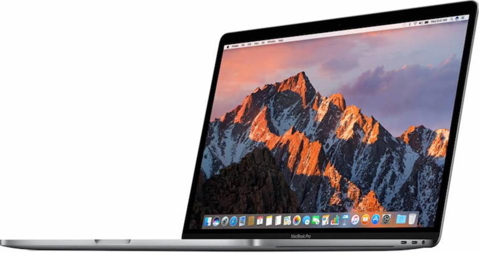 Apple、MacBook ProからSDカードスロットが消えイヤホンジャックが残った理由を説明