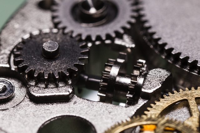 機械式時計を分解してわかった、魔術的とも言える魅力の理由って?10