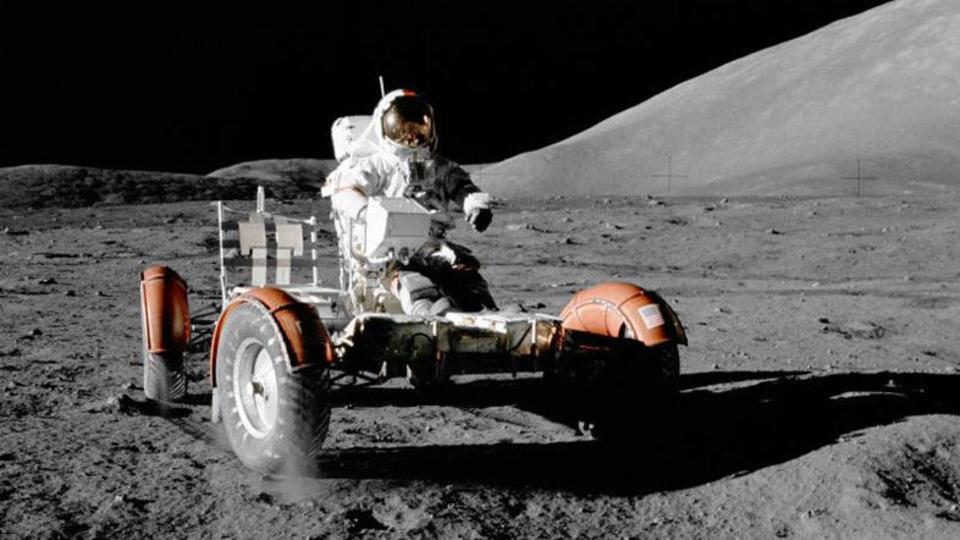 アポロ17号が月に残した探査車を探しにいくぞ!